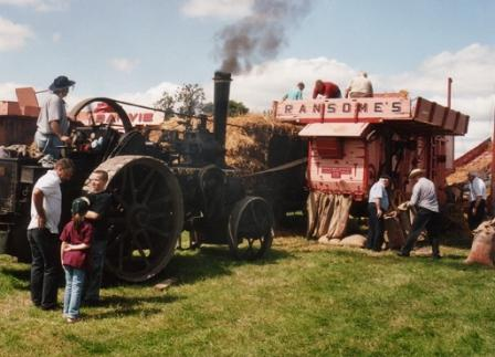 252 - steamthreshing21